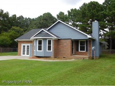 Raeford NC Single Family Home For Sale: $110,900