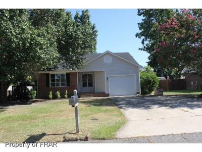 Hope Mills NC Single Family Home For Sale: $99,300