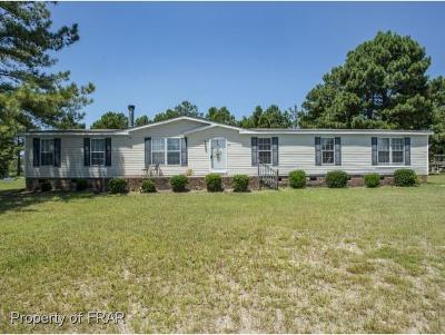 Raeford NC Single Family Home For Sale: $107,500