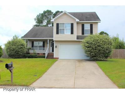 Raeford NC Single Family Home For Sale: $141,000