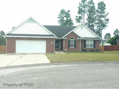 Hope Mills NC Single Family Home For Sale: $173,000