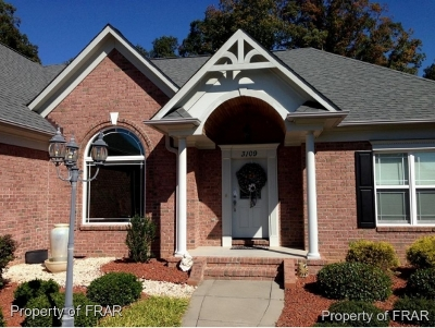 Fayetteville Single Family Home For Sale: 3109 Southridge Court #44