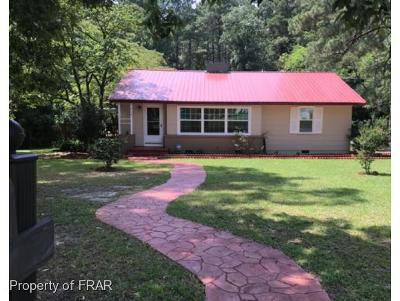 Raeford NC Single Family Home For Sale: $89,000