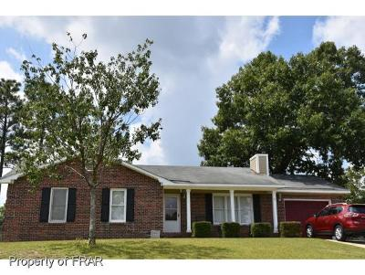 Hope Mills Single Family Home For Sale: 3524 Hanover Dr