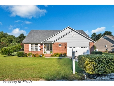 Raeford NC Single Family Home For Sale: $185,000