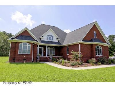 Robeson County Single Family Home For Sale: 177 Belfast Way