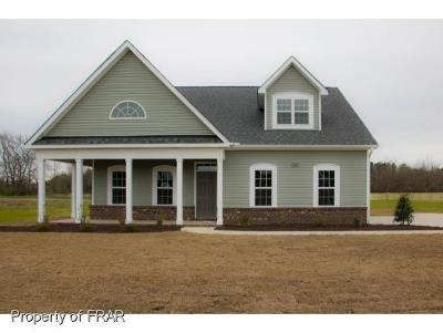 Hope Mills Single Family Home For Sale: 7065 Roslin Farm Rd. #3