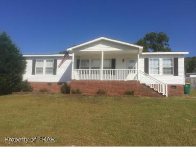 Hope Mills NC Single Family Home For Sale: $94,700