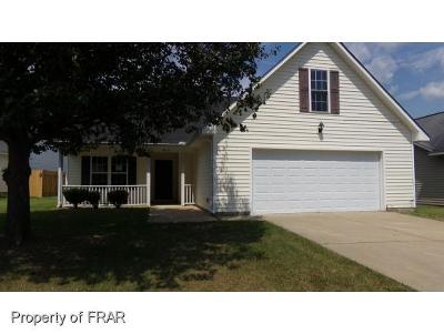 Fayetteville Single Family Home For Sale: 815 Nighthawk Pl