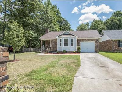 Fayetteville Single Family Home For Sale: 6136 Cottage Way #1