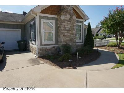 Fayetteville Single Family Home For Sale: 132 Nandina