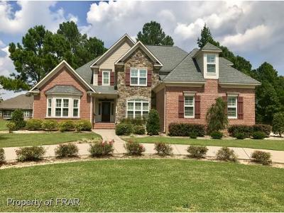Fayetteville Single Family Home For Sale: 213 Stoneleigh Drive #151