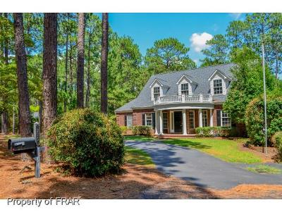 Southern Pines Single Family Home For Sale: 275 Becky Branch Rd
