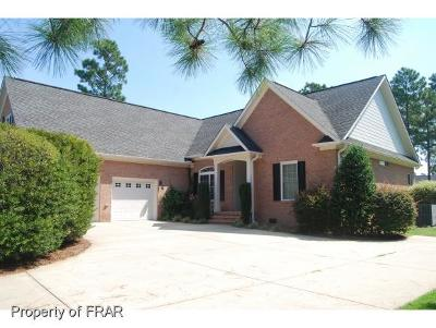 Fayetteville Single Family Home For Sale: 3015 Braehead St