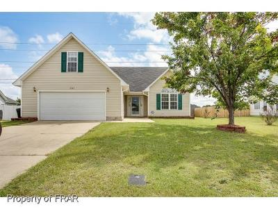 Hope Mills Single Family Home For Sale: 2547 Crumpler Dr
