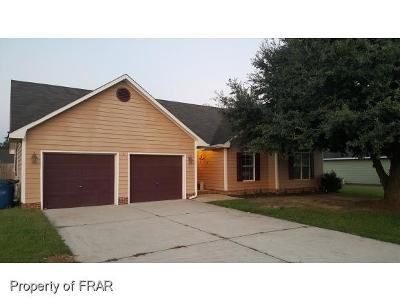 Raeford Single Family Home For Sale: 114 Remington Drive