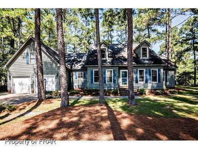 Hope Mills Single Family Home For Sale: 128 Bledsoe