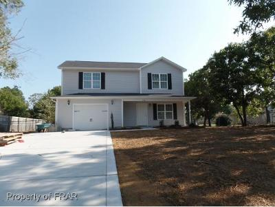 Hope Mills Single Family Home For Sale: 3361 Chantilly Ln