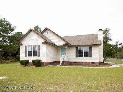 Raeford Single Family Home For Sale: 102 Stonewall St