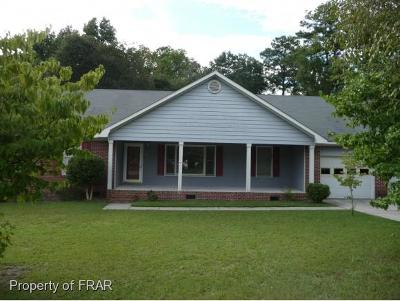 Fayetteville Single Family Home For Sale: 2425 Lullwater