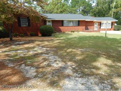 Hope Mills Single Family Home For Sale: 3544 Old Plank Rd