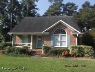 Fayetteville Single Family Home For Sale: 2548 Paintersmill Dr
