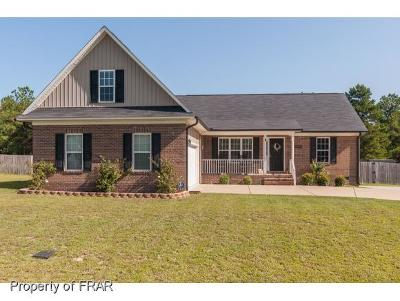 Hope Mills NC Single Family Home For Sale: $189,000