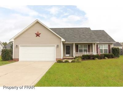 Raeford NC Single Family Home For Sale: $150,000