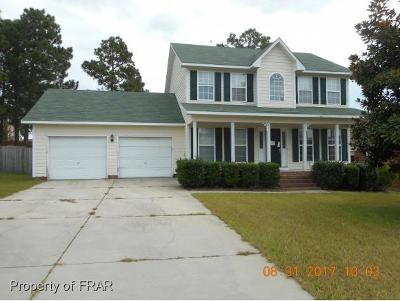 Hope Mills NC Single Family Home For Sale: $106,450