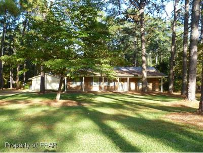 Raeford NC Single Family Home For Sale: $192,500