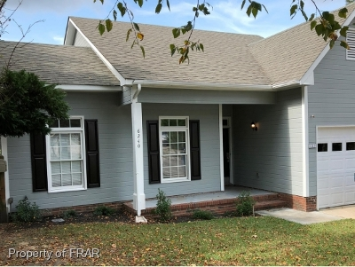 Hope Mills NC Single Family Home For Sale: $114,900