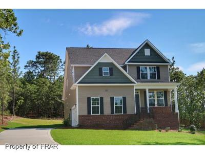 Lillington Single Family Home For Sale: 404 Executive Drive #157