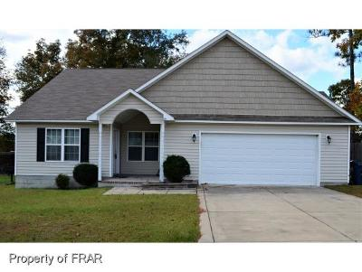 Raeford Single Family Home For Sale: 319 Sandstone Dr.