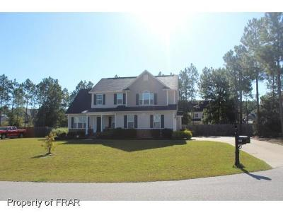 Hope Mills Single Family Home For Sale: 4617 Storm Cat Lane