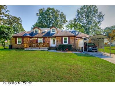 Lillington Single Family Home For Sale: 130 Parkwood Circle