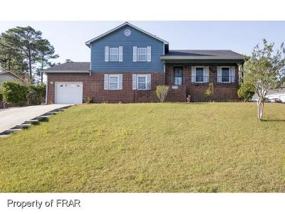 Fayetteville Single Family Home For Sale: 1912 Calista Cir