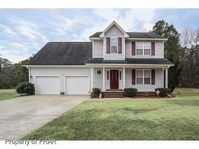Hope Mills Single Family Home For Sale: 4279 Redmill Lane