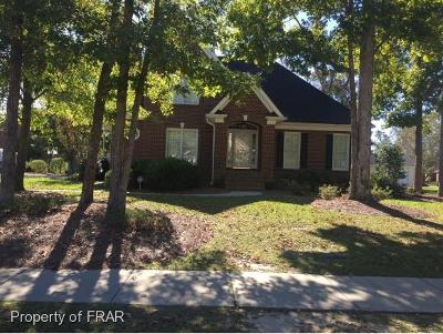 Robeson County Single Family Home For Sale: 5002 White Oak Dr.