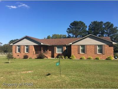 Sampson County Single Family Home For Sale: 2524 Hb Lewis Rd