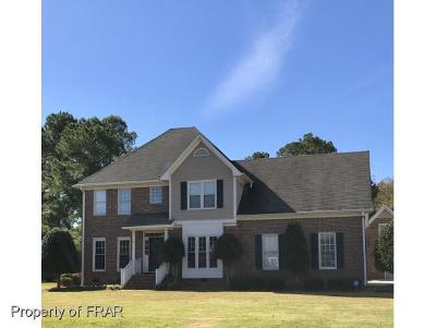 Fayetteville Single Family Home For Sale: 1032 Four Wood Dr #200
