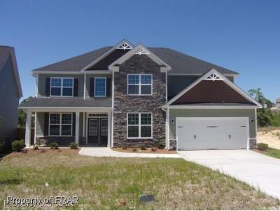 Fayetteville Single Family Home For Sale: 2208 Mannington Dr #77