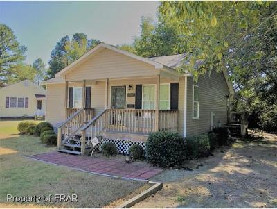 Raeford NC Single Family Home For Sale: $79,000