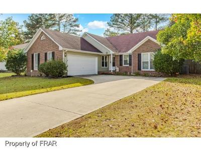 Hope Mills NC Single Family Home For Sale: $117,000