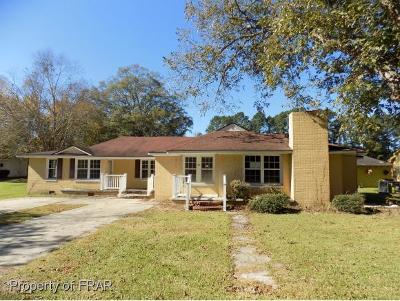 Sampson County Single Family Home For Sale: 415 Fisher Drive