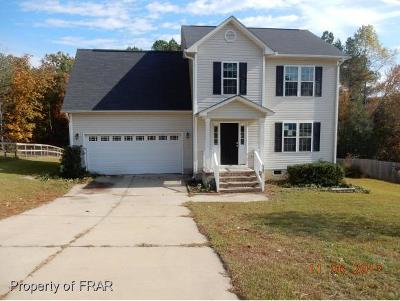 Raeford NC Single Family Home For Sale: $104,500