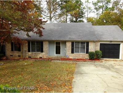 Fayetteville Single Family Home For Sale: 7666 Glenbrook Rd