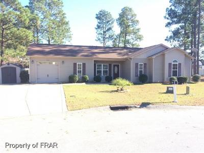 Hope Mills NC Single Family Home For Sale: $124,885