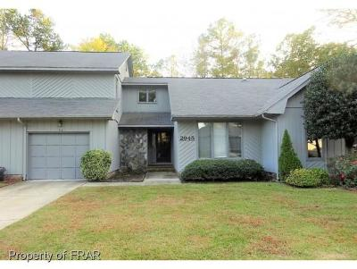 Fayetteville Single Family Home For Sale: 2945 Wedgeview Drive
