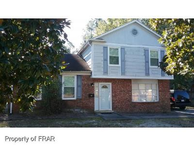 Fayetteville Single Family Home For Sale: 515 Farmview