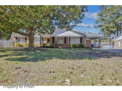 Fayetteville Single Family Home For Sale: 1516 Berriedale Dr